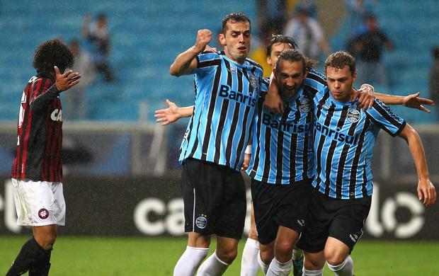 Barcos gol Grêmio x Atlético-PR (Foto: Lucas Uebel / Grêmio FBPA)