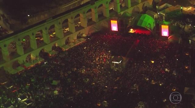 Ato em apoio ao ex-presidente Lula reúne artistas no Rio