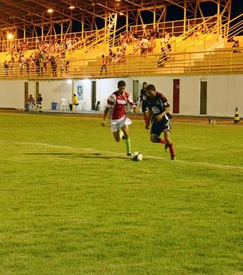 Quartas de final é disputada em jogos de ida e volta (Foto: Eduardo Andrade)
