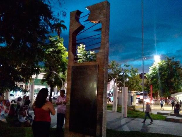 Manifestantes começaram a chegar no Campo da Pólvora, em Salvador, por volta das 18h; Bahia (Foto: Maiana Belo/ G1)