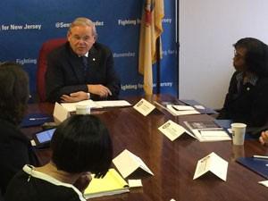 Senador Robert Menendez é acusado de corrupção envolvendo a obtenção de vistos para os EUA (Foto: Escritório oficial do senador/divulgação)