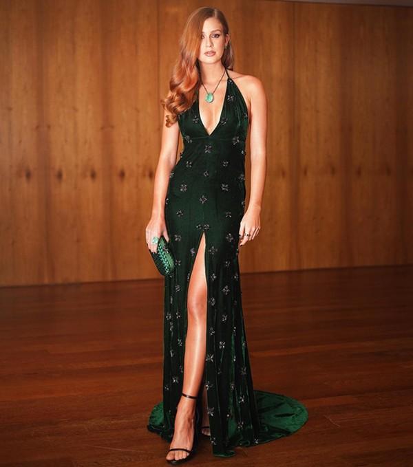 Marina Ruy Barbosa apostou em um vestido de gala para o baile da amfAR (Foto: Reprodução / Instagram)