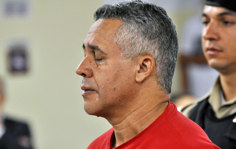 Marcos Aparecido chora na leitura da sentença da juíza Marixa Fabiane (Foto: Renata Caldeira/ Tribunal de Justiça de Minas Gerais)