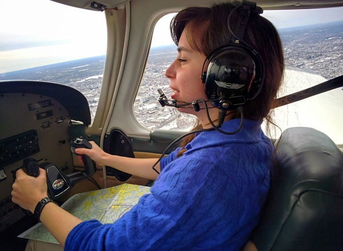 Piloto amador após usar o aplicativo Flytenow, de caronas em aviões de pequeno porte.