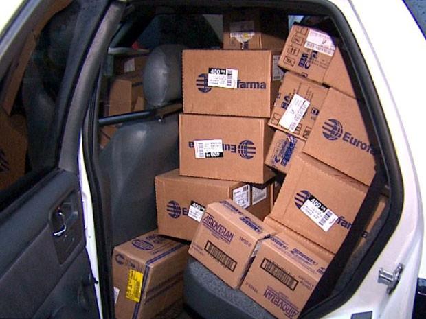 Polícia Civil apreendeu 100 caixas de medicamentos em Ribeirão Preto (Foto: Reprodução EPTV)