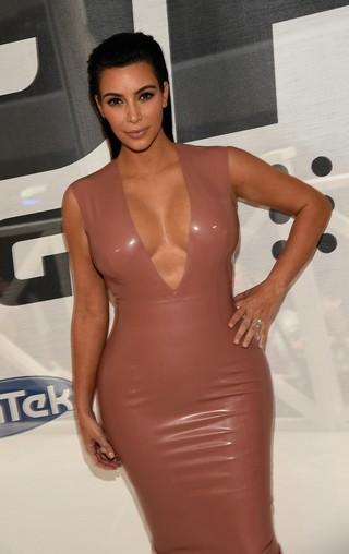 Grávida, Kim Kardashian vai a evento em Nashville, no Tennessee, nos Estados Unidos (Foto: Rick Diamond/ Getty Images/ AFP)