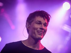 Morten Harket, vocalista do A-ha, comanda o show no Espaço das Américas, em São Paulo (Foto: Fábio Tito/G1)