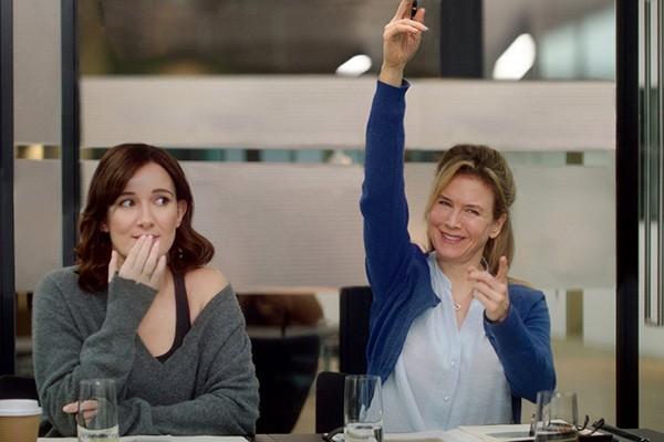 Sarah Solemani e Renée Zellweger em O Bebê de Bridget Jones (Foto: Divulgação)
