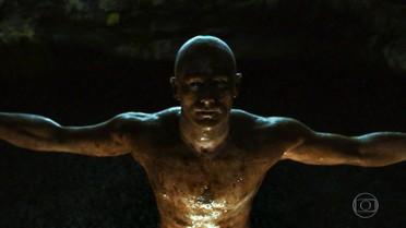 Nando reaparece em caverna
