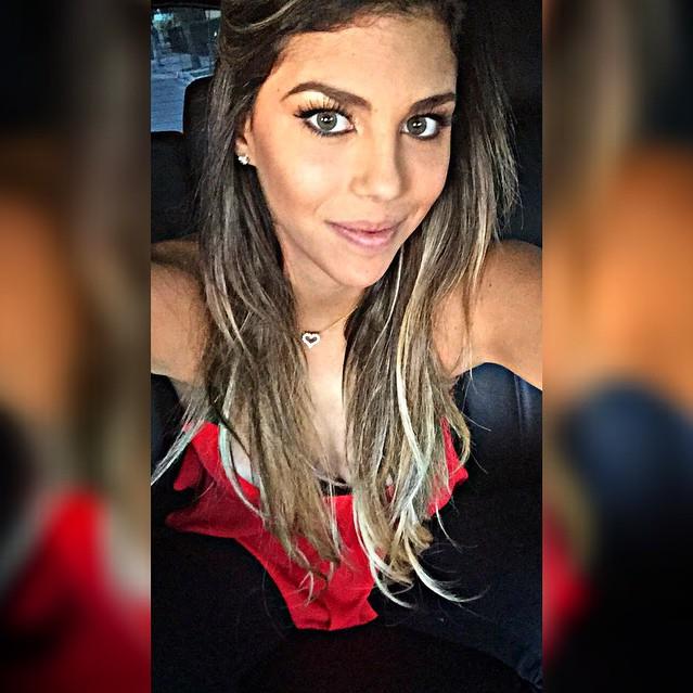 Alondra Garcia Miró, mulher de Guerrero no Maracanã