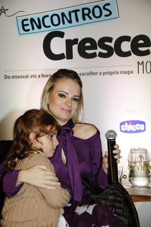 Marina Xandó e a filha, Maria Victória (Foto: Sylvia Gosztonyi)