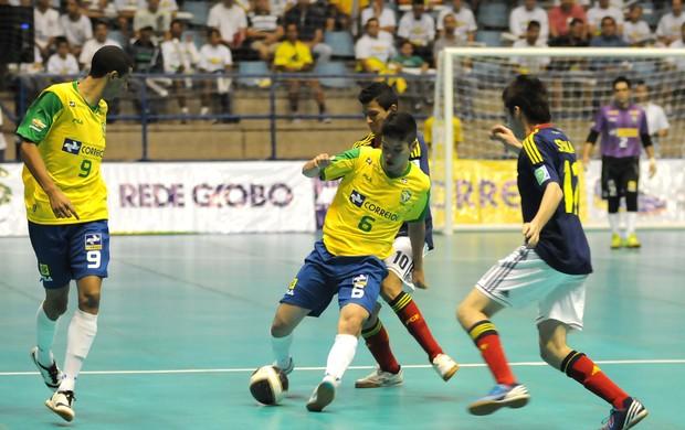 Seleção brasileira vence a Colômbia no Desafio Internacional de futsal (Foto: Luciano Bergamaschi / Divulgação CBFS)