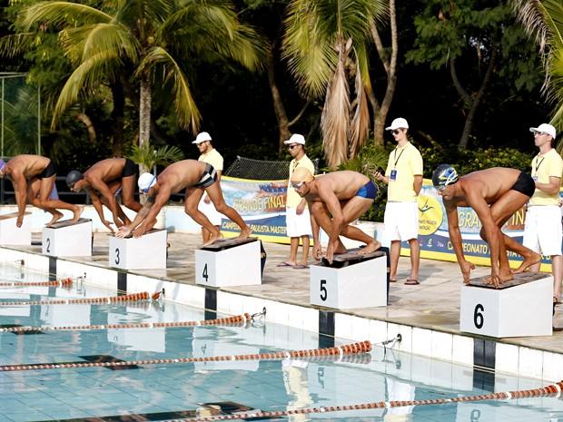 Os atletas se preparam para o início da competição (Foto: Ellen Soares/ Gshow)