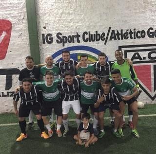 Cristiano Araújo com os amigos do Futebol (Foto: Arquivo Pessoal)