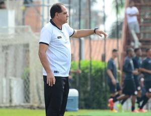 Técnico Waguinho Dias União Barbarense x RB Brasil Jogo-Treino (Foto: Sanderson Barbarini)