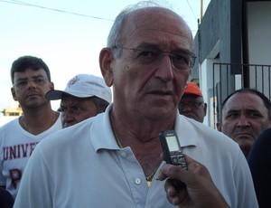 Ferdinando Teixeira, superintendente de futebol do ABC (Foto: Tiago Menezes)