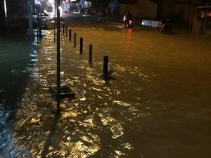 Em Capitão Poço, moradores de três bairros tiveram as casas invadidas pela água. (Foto: Evandro Sales/Arquivo pessoal)