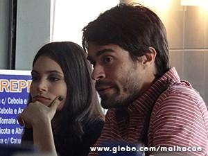 Diva e João Luiz discutem na padaria (Foto: Malhação / TV Globo)
