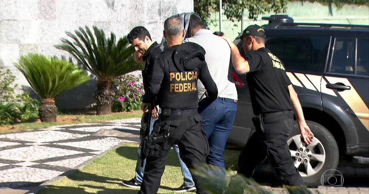 Resultado de imagem para PF prende 75 em operação contra tráfico internacional de drogas
