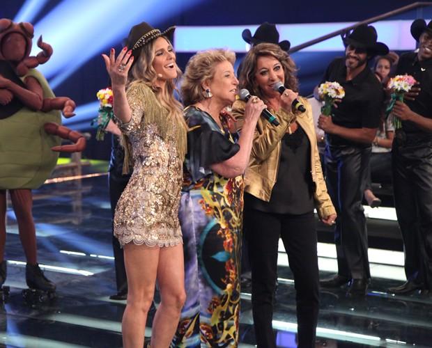 Mãe e tia de Fernanda Lima cantam no Amor & Sexo (Foto: Carol Caminha / Gshow)