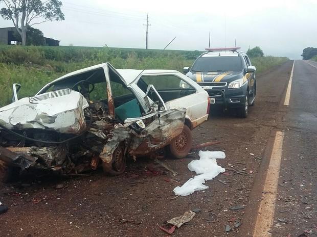 Acidente envolvendo dois veículos foi na BR-285, em São Luiz Gonzaga (RS) (Foto: PRF/Divulgação)