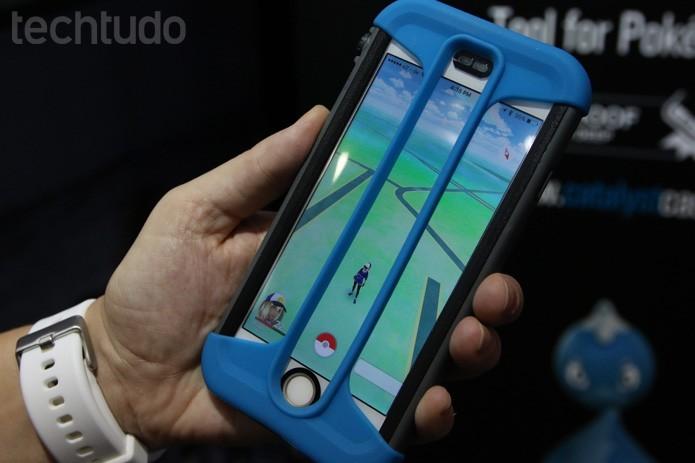 iPhone ganha capinha para caçar Pokémons de olho na febre do Pokémon Go (Foto: Fabricio Vitorino / TechTudo)
