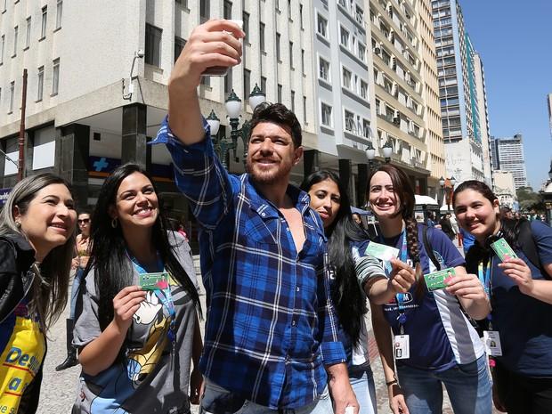 Cezar Lima, vencedor do BBB 15, não se elegeu em Curitiba (Foto: Giuliano Gomes/PRPRESS)