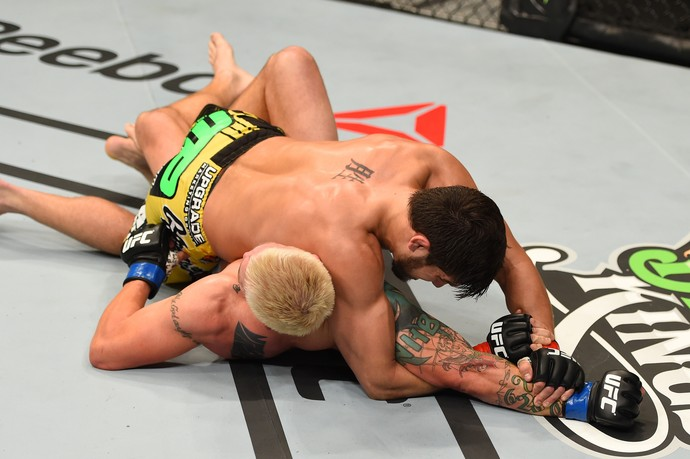 Patrick Coté Joe Riggs UFC 186 (Foto: Getty Images)