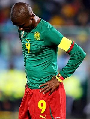 Etoo derrota Camarões (Foto: Reuters)