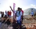 Andy Irons é homenageado antes do começo da etapa de Teahupoo