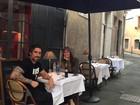 Suzana Gullo compartilha momento de viagem com marido, Marcos Mion