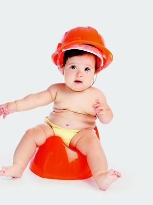 Bebê com capacete (Foto: Shutterstock)