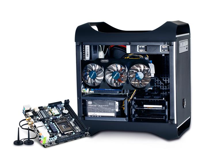 Observe que o gabinete da Gigabyte abriga placa de vídeo grande e fonte de energia (Foto: Divulgação/Gigabyte)