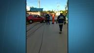 Motorista derruba dois postes em Arniqueiras