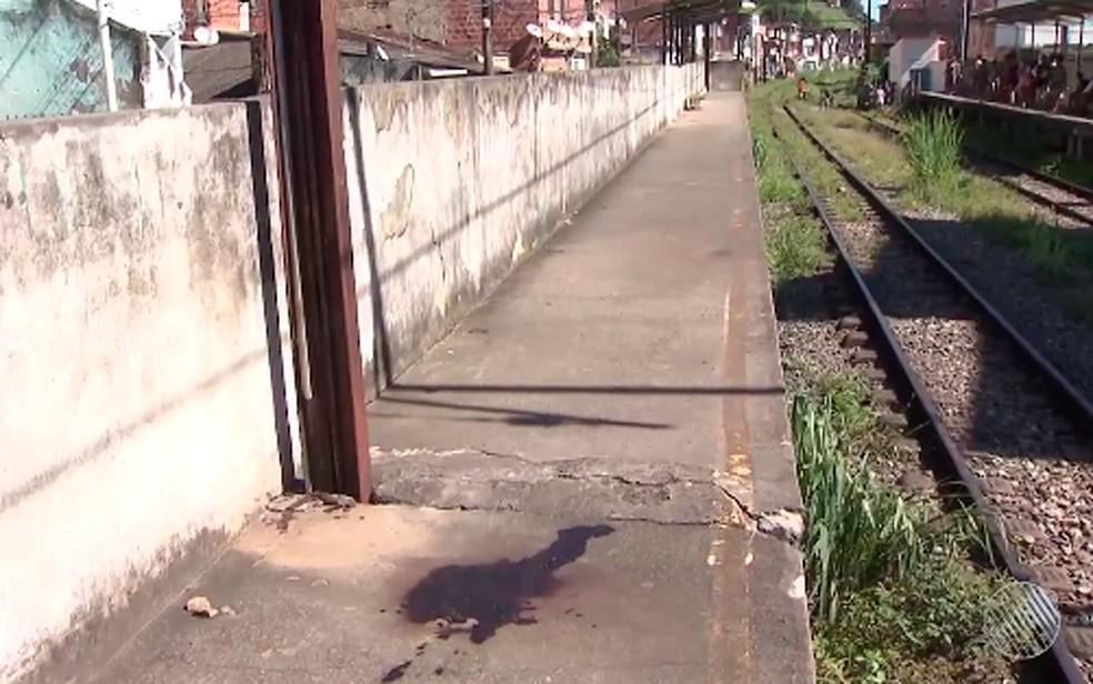 Crime ocorreu na estação de trem de Santa Luzia, em Salvador (Foto: Reprodução/ TV Bahia)