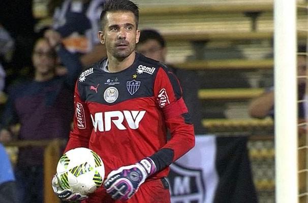 Goleiro Victor fez a defesa de um pênalti no último jogo (Foto: Reprodução Sportv)