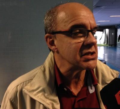 Eduardo Bandeira de Mello adiou sua viagem para os Estados Unidos (Foto: Eduardo Deconto/GloboEsporte.com)