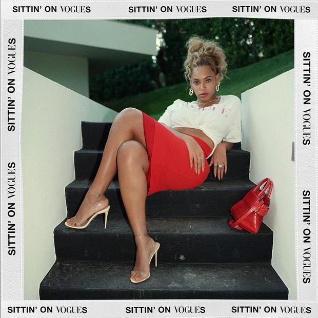 Beyoncé homenageia a Vogue em look (Foto: reprodução/instagram)