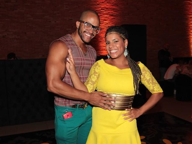 Ex-BBB Janaina do Mar com o marido, Márcio Xavier, em festa em São Paulo (Foto: Celso Tavares/ EGO)