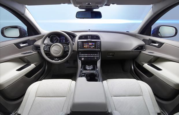 Aceleramos O Novo Jaguar Xe Auto Esporte An 225 Lises