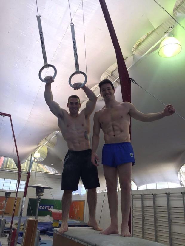 Atletas da seleção brasileira masculina de ginástica artística  (Foto: Divulgação)