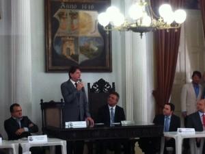 Cid Gomes falou sobre Fies e sugeriu mudanças para o Enem (Foto: Dominik Giusti / G1)