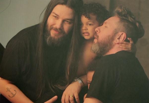 Alexandre Herchcovicth e Fábio Souza com os filhos (Foto: Reprodução)