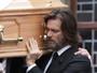 Jim Carrey é processado pela mãe de ex-namorada, diz site
