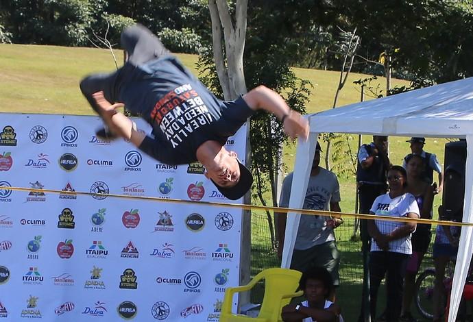 Slackline Darllyon Machado de Araújo Ranking Mineiro Araxá (Foto: Darllyon Machado/Arquivo Pessoal)