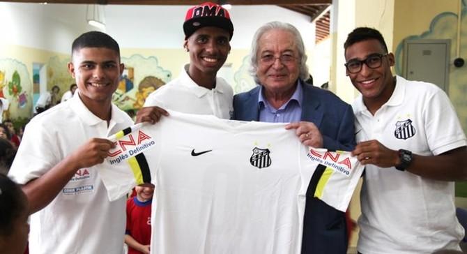 Marcos Vinícius, Diego Cardoso e Joshua Santos (Foto: Vinicios Oliveira / Divulgação Santos FC)