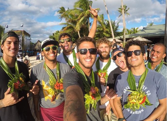 Gabriel Medina, Jadson André, Miguel Pupo, Filipe Toledo, Alejo Muniz, Adriano de Souza, Italo Ferreira e Wiggolly Dantas no Mundial de Surfe (Foto: Reprodução/Instagram)