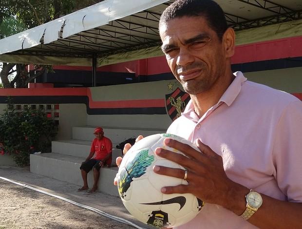 albérico sport (Foto: Elton de Castro / GloboEsporte.com)