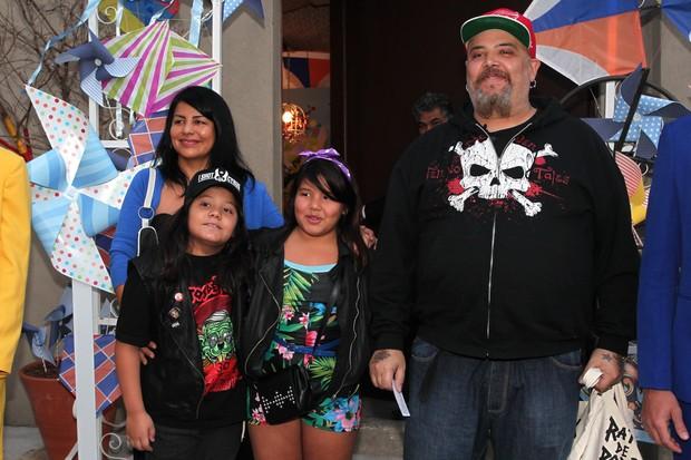 João Gordo com a família no aniversário de Arthur, filho de Eliana (Foto: Manuela Scarpa e Marcos Ribas / Foto Rio News)