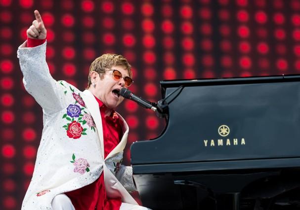 Elton John lançou clipe de música após 45 anos (Foto: Getty Images)
